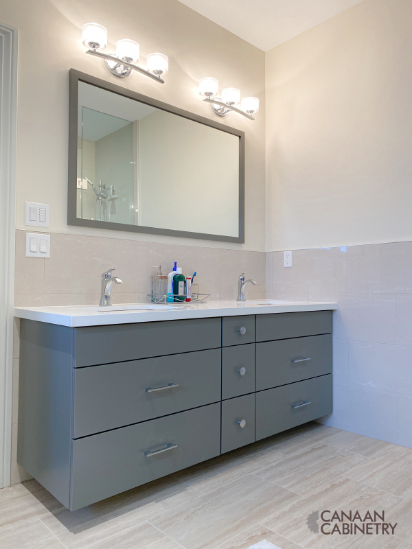 Ivri Master Bathroom Vanity 3
