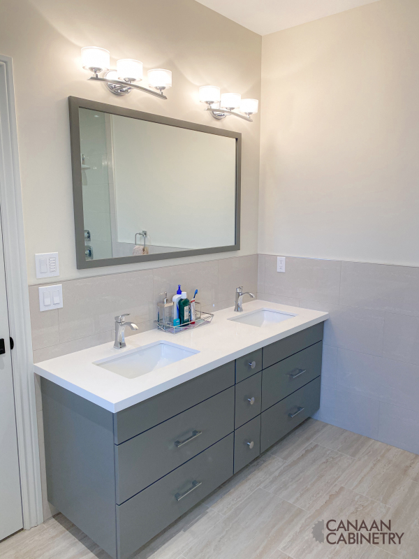 Ivri Master Bathroom Vanity 4