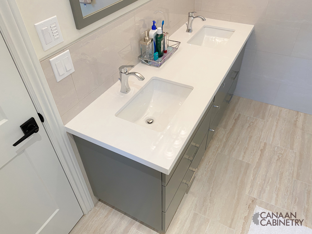 Ivri Master Bathroom Vanity 6