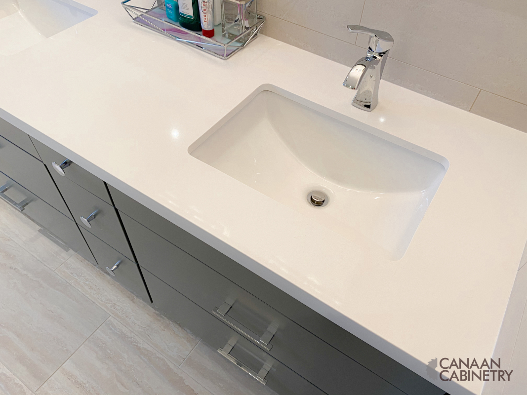 Ivri Master Bathroom Vanity 10
